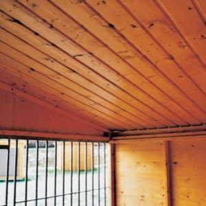 Einfache-Holzdecke